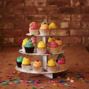 white-card-cupcake-stand-scene-600x600